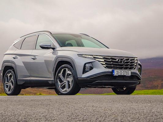 Ireland August 2021: Toyota (+75.8%), BMW (+137.1%), Opel (+141.7%) shine, Hyundai Tucson #1 in market up 24.9%