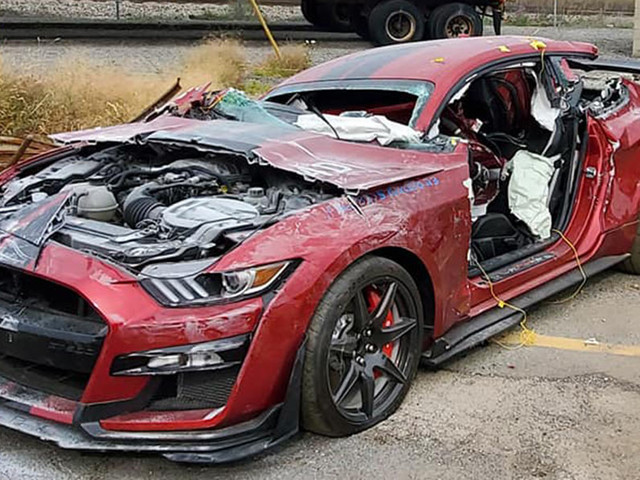 Dearborn Fire Crews Cut Up A Ford Mustang Shelby GT500 For Training