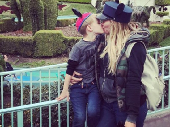 Hilary Duff kissed her son on the lips and some sad people got angry