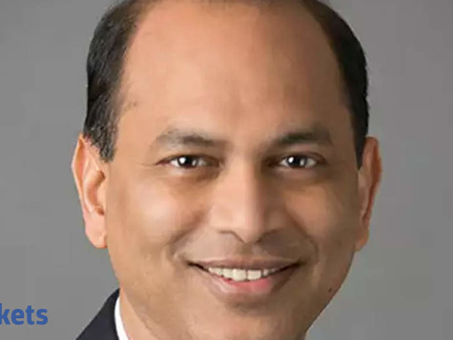 Mix & match digital with good IT cos: Singhania