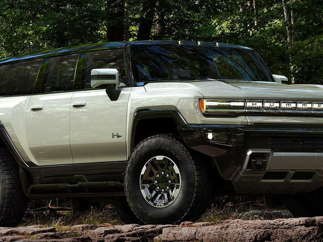 A 2022 GMC Hummer EV SUV Would Look Just As (If Not More) Desirable As The Truck
