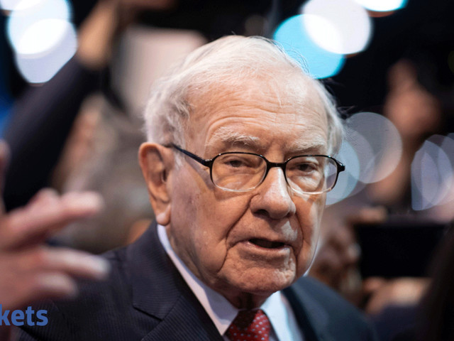 Warren Buffett's Berkshire bought back record $5 billion of stock last quarter