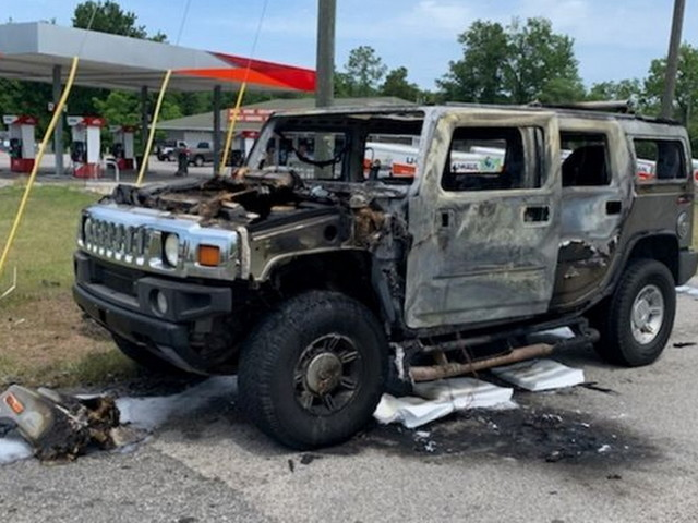 One Injured After Hummer Stockpiling Gasoline Cans Bursts Into Flames In Florida