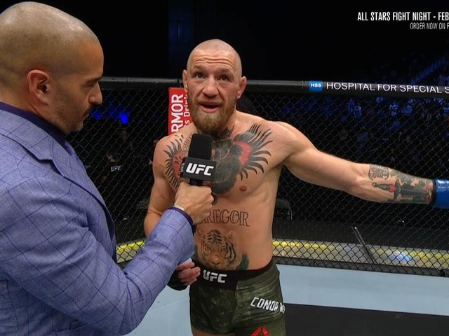 'Terrible, slow, hesitant': World reacts as Conor McGregor suffers 'disaster'