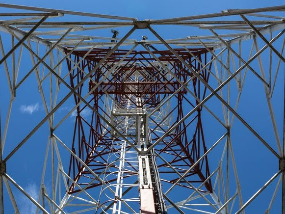 BT jittery about Cellnex snapping up UK mobile tower assets