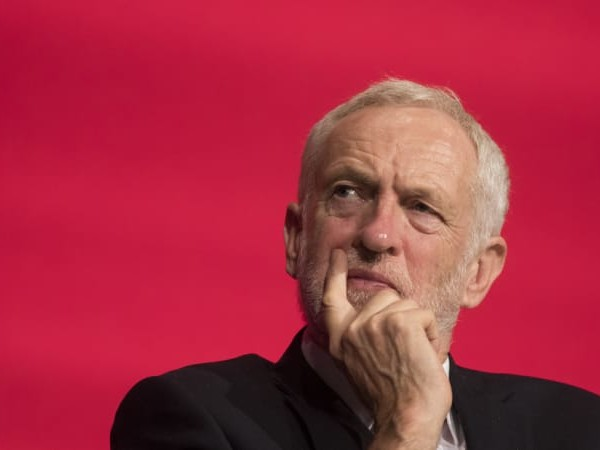 Labour flirts with idea of supporting another Brexit referendum
