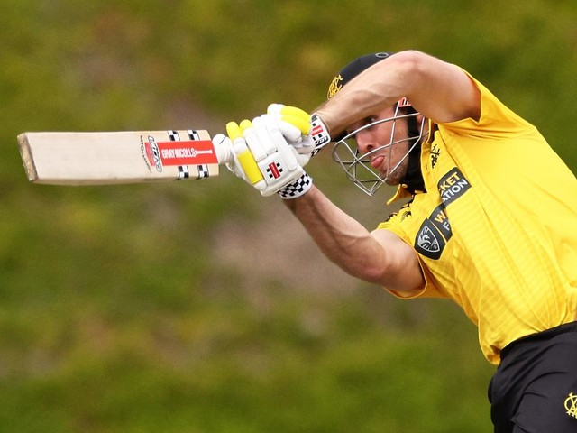 Big Aussie World Cup scare as Stoinis suffers untimely blow