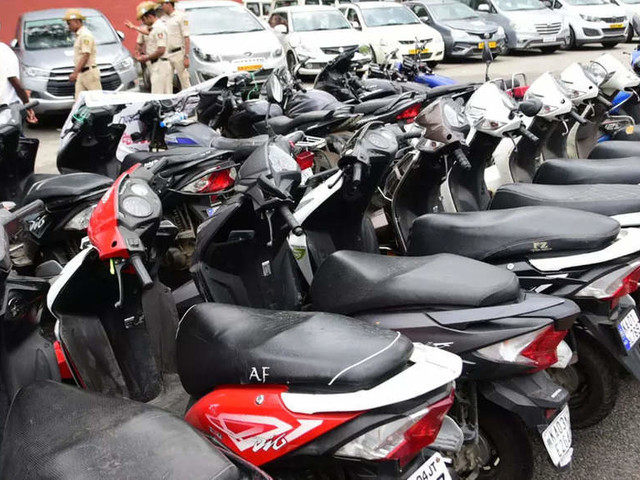 Slow Recovery: Share of two-wheelers in Indian auto market dips to a decadal low