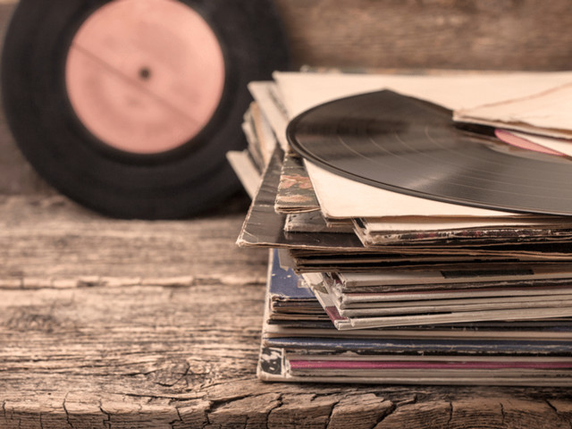 Australia's biggest record collection spanning 80,000 rarities is up for grabs