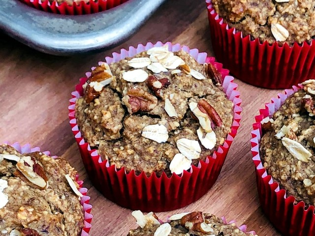 In a Baking Mood? These Gluten-Free Banana Nut Muffins Have 6.7 Grams of Satiating Protein