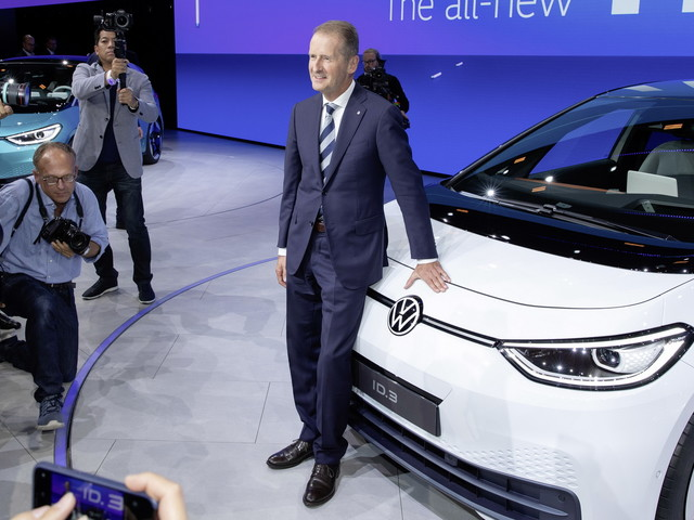 VW Group Executive Committee To Decide On CEO's Future