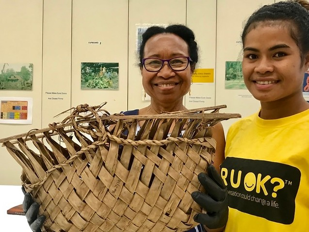 Australia's largest return of artefacts to PNG sign of closer ties