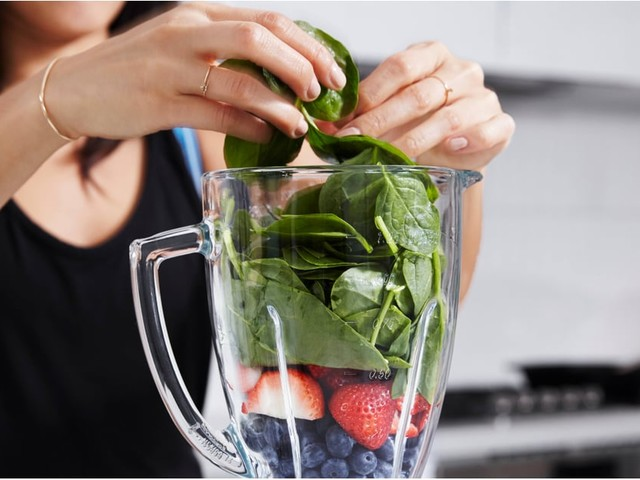 These Green Smoothies Are the Perfect Summer Breakfast Substitute