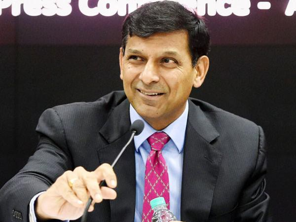 RBI Governor Rajan wants employees to put even rich defaulters under the cosh