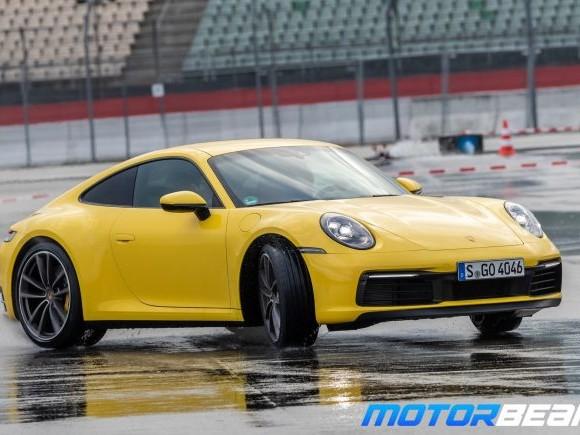 2019 Porsche 911 Carrera Video Review
