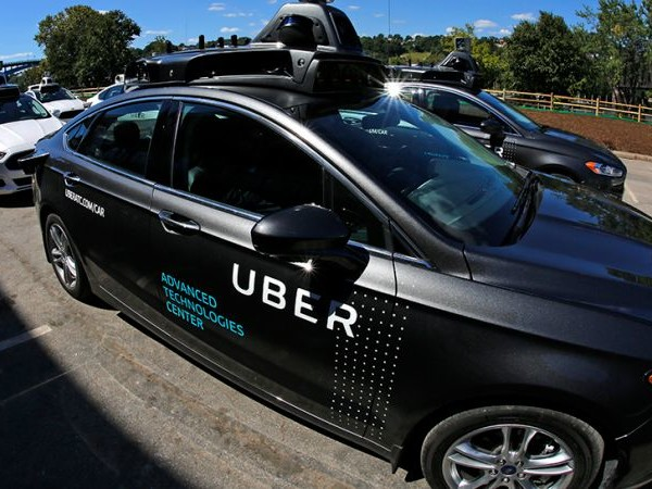 Refusing to Hit Brakes, Uber Moves Its Self-Driving Cab Program to Arizona