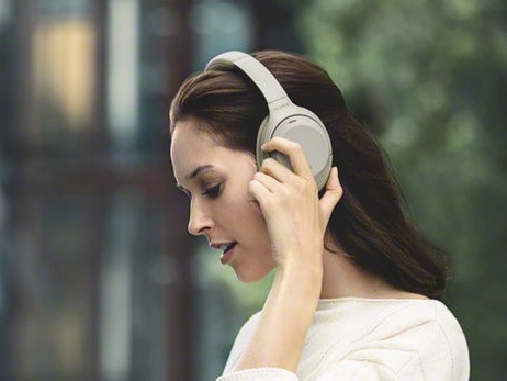 The best noise-cancelling headphones in the UAE for 2019