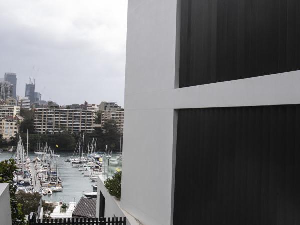 Builder cops $36,000 fine after sign blocked Sydney harbour views
