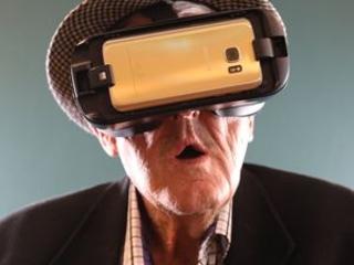 Seniors tick off 'bucket list' with VR technology
