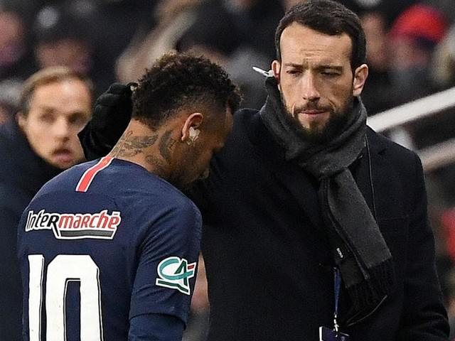 Neymar says he cried for two days after suffering his latest foot injury