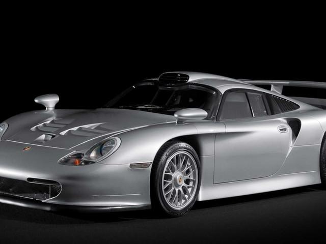 The Porsche 911 GT1 Straßenversion Is Another Unjustly Forgotten 1990s Supercar