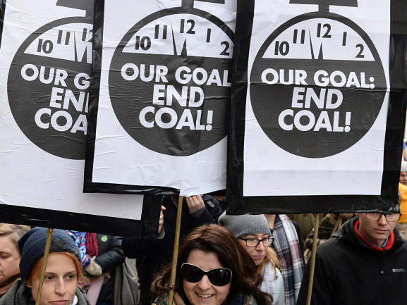 Oil Allies Refuse To Welcome Key Scientific Report At UN Climate Talks