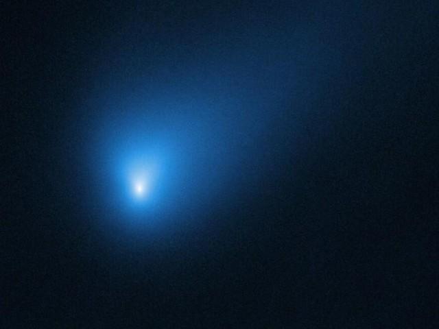 NASA spots rare interstellar comet Borisov falling apart - CNET
