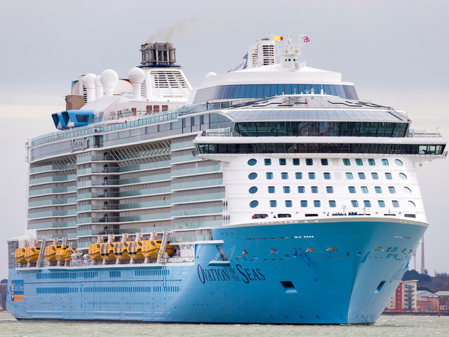 Ovation of the Seas arrives in the capital