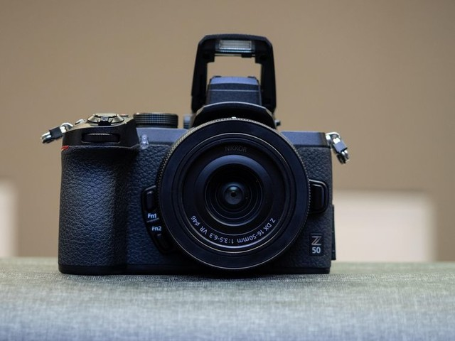 Nikon Z50 APS-C mirrorless takes on Canon EOS M50 and Sony A6400 - CNET