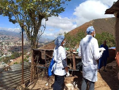 Venezuela sends oxygen tanks to Brazil amid COVID-19 surge