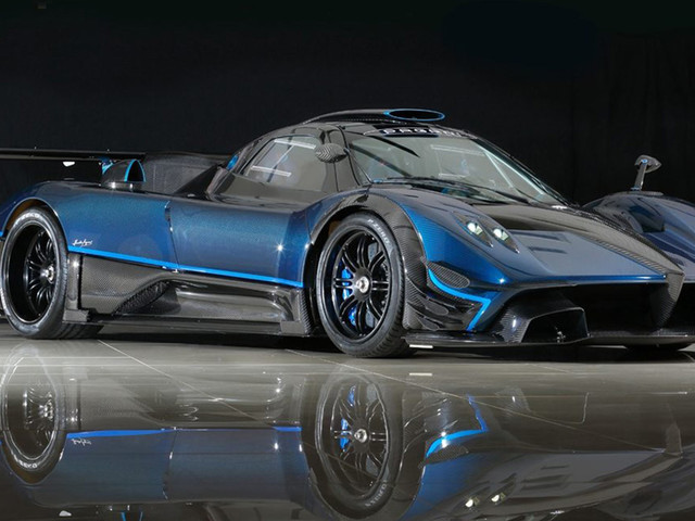 Here's Your Chance To Own Possibly The Only Blue Carbon Fiber Pagani Zonda Revolucion In Existence