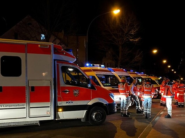 At least eight people dead after two shootings in Germany