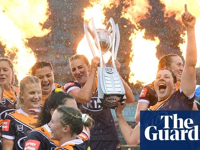 NRLW grand final 2020: dominant Brisbane Broncos win third straight premiership