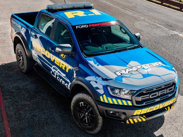 Ford Ranger Raptor Is Supercars Championship's Official Recovery Vehicle