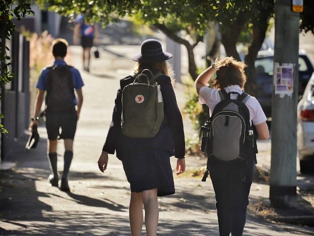 Schools, hospitality look set to reopen as government prepares to end Victoria's fifth lockdown