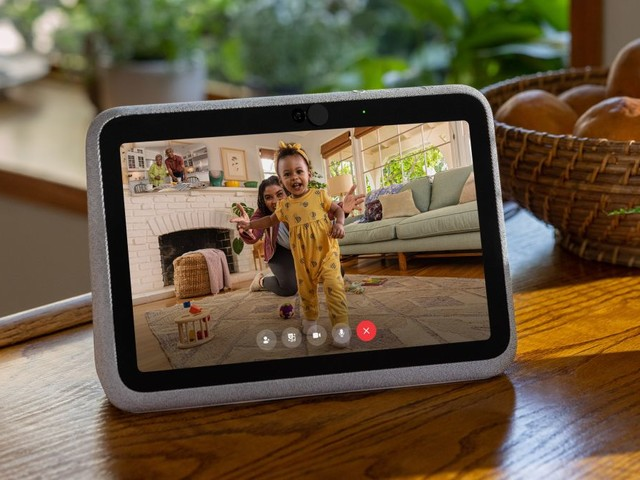 The new Facebook Portal Go makes video calling on a smart display even better