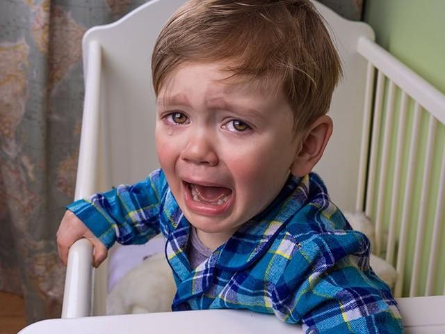 Helpline: Pooping nappers, day sleep refusal and night waking screamers