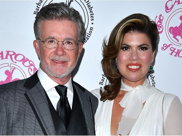 "Alan Thicke's Wife Speaks Out For the First Time About Her ""Beloved"" Husband's Death"