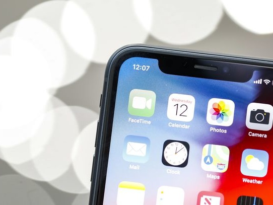 iPhone XR hands-on: Colorful phones make a great first impression - CNET