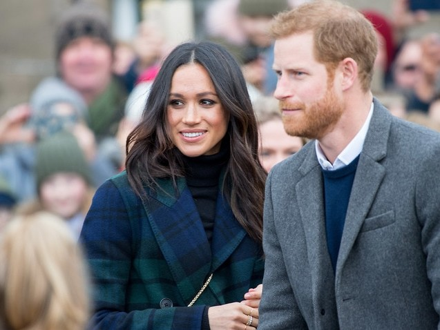 Harry, Meghan lawyers issue warning over photos of duchess in Canada