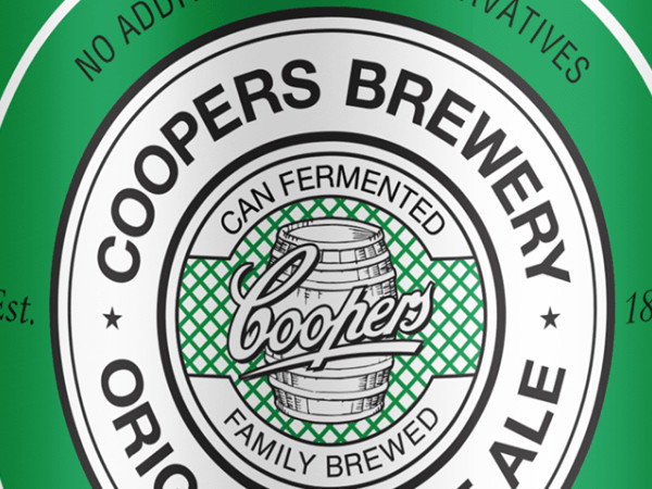 Coopers Pale Ale to be served in a tinnie