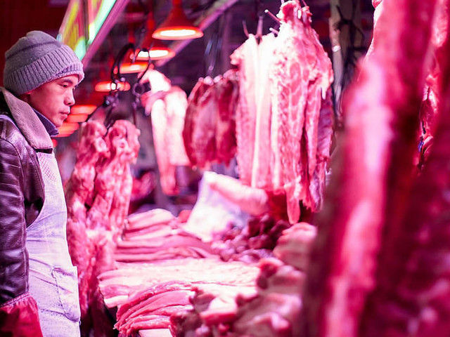 China clampdown on illegal meat puts $2 billion trade at risk