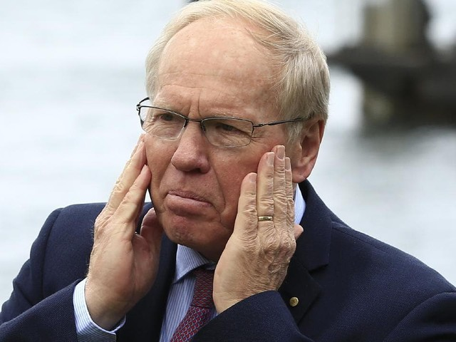 He would do better than me: Peter Beattie's bizarre ARLC admission