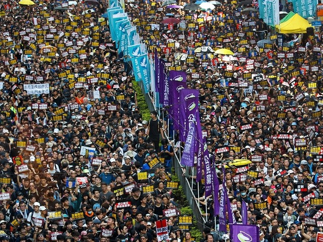 Thousands march again in huge Hong Kong anti-government rally