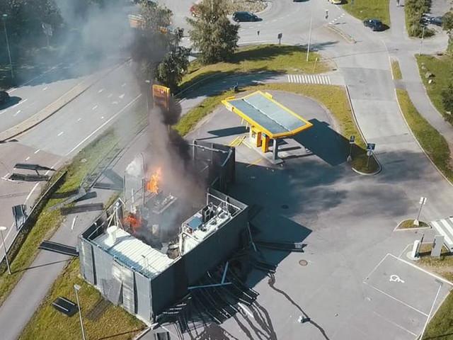 Hydrogen Fuel Station Explodes In Norway, Toyota And Hyundai Halt FCV Sales