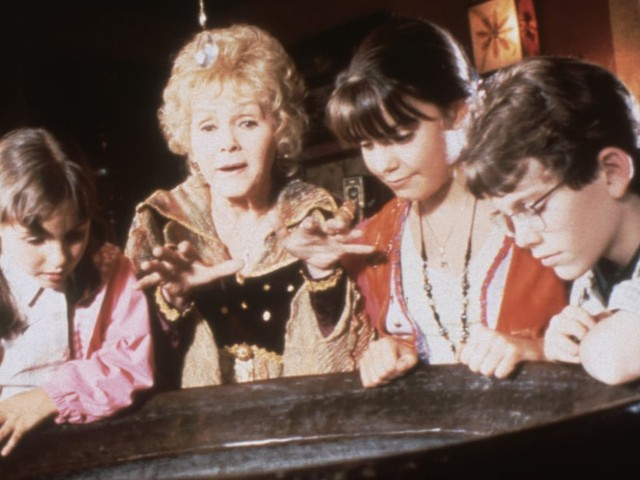 In Case You Were Curious, Here's What the Halloweentown Cast Has Been Up to Since 1998