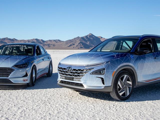 Hyundai Unveils Nexo And Sonata Hybrid Land Speed Record Concepts