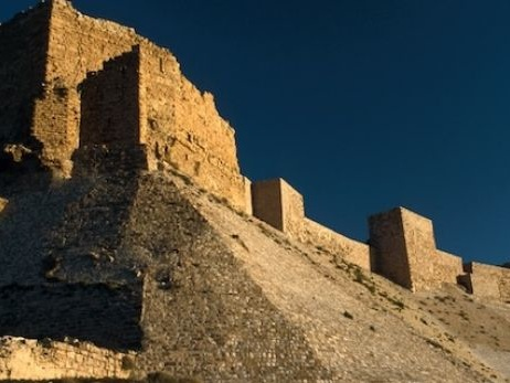 Tourist killed and hostages taken during shootout at Karak castle in Jordan