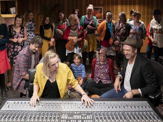 The Recording Studio Series 1 Ukestra, Kate Begbie, Adam Bowes