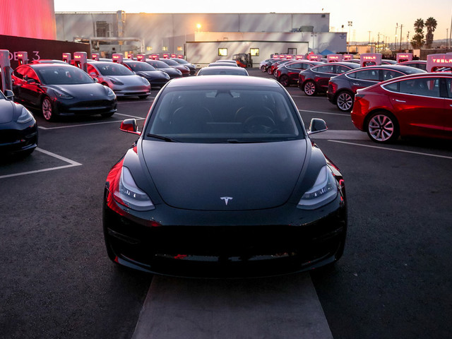 Tesla Employees Claim Delays Are Due To The Huge Number Of Faulty Parts
